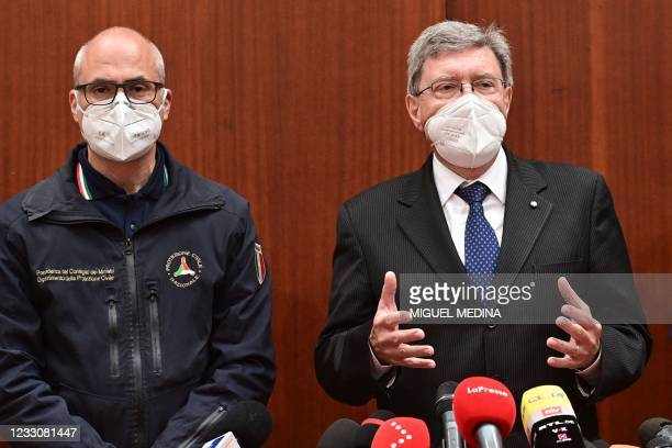Head of the Italian Civil Safety, Fabrizio Curcio and Italy's Transportation Minister, Enrico Giovannini hold a press conference on May 24, 2021 in...