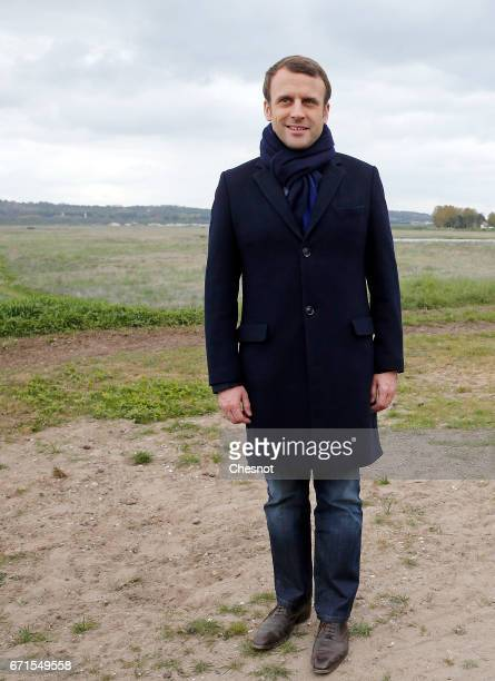 Head of the political movement En Marche and candidate for the 2017 presidential election Emmanuel Macron poses for the photograph on April 22 2017...