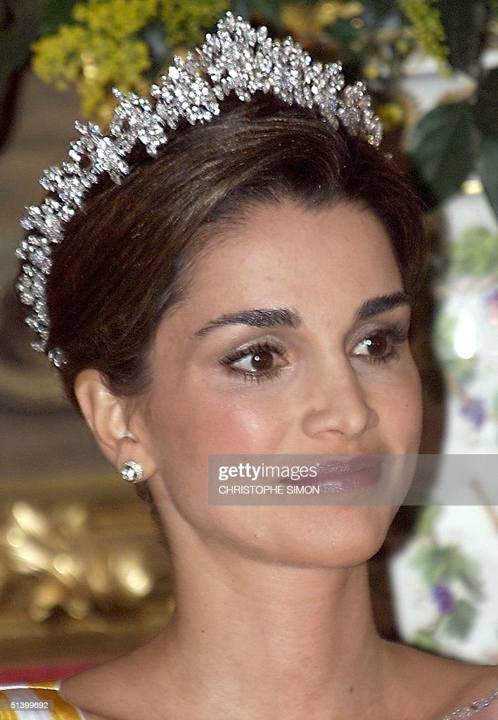 Head shot of Jordan' s Queen Rania who attends a g : News Photo