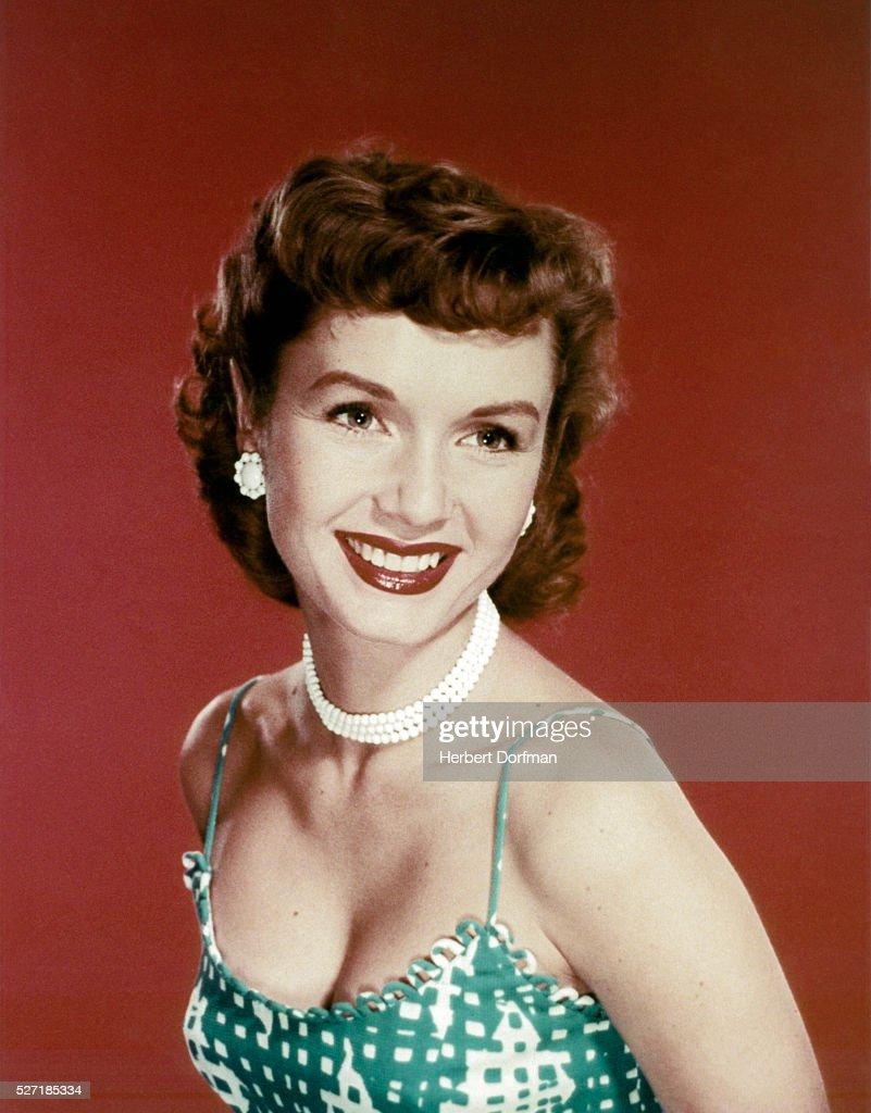 Head shoulders portrait of actress Debbie Reynolds.