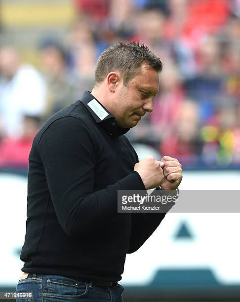 Headcoach Andre Breitenreiter of SC Paderborn 07 reacts after the Bundesliga match between Sport Club Freiburg and SC Paderborn 07 at...