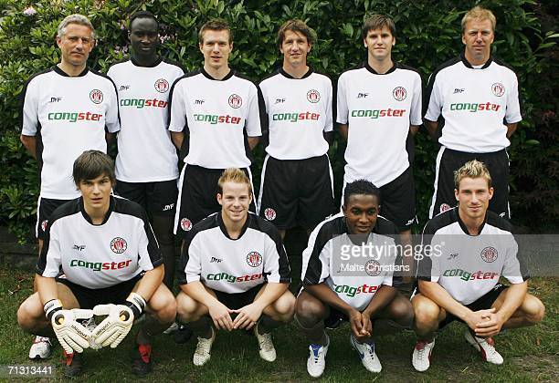 Headcoach Andreas Bergmann with the new players, Abdou Sall,Carstern Rothenbach, Daniel Stendel, Florian Bruns, second coach Andre Trulsen,Lenny...