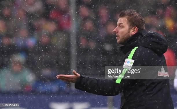 Headcoach Florian Kohfeldt of SV Werder Bremen reacts during the Bundesliga match between SportClub Freiburg and SV Werder Bremen at...
