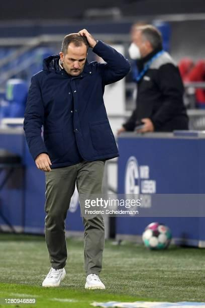 Headcoach Manuel Baum of Schalke looks dejected during the Bundesliga match between FC Schalke 04 and 1. FC Union Berlin at Veltins-Arena on October...