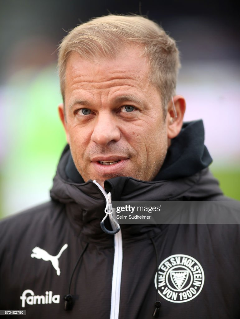Headcoach Markus Anfang of Holstein Kiel is seen prior to the Second Bundesliga match between Holstein Kiel and SG Dynamo Dresden at Holstein-Stadion on November 5, 2017 in Kiel, Germany.