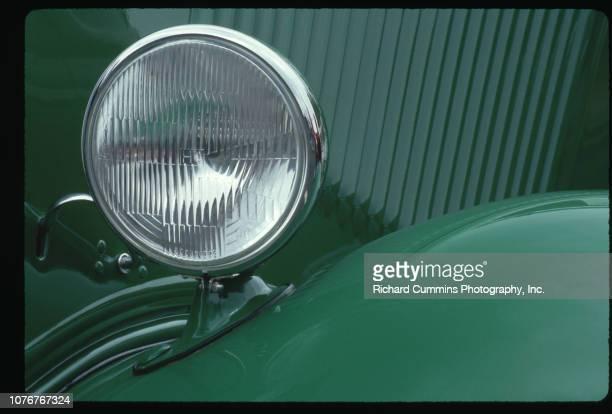Headlight on Kelly Green 1934 Ford