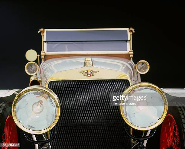Headlights on 1912 Hispano Suiza Alfonso 2000