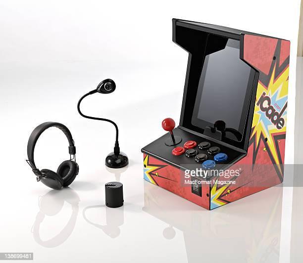 RHA SA500 headphones Hue HD Webcam ION iCade cabinet and Veho 360 Portable speaker Bath May 20 2011