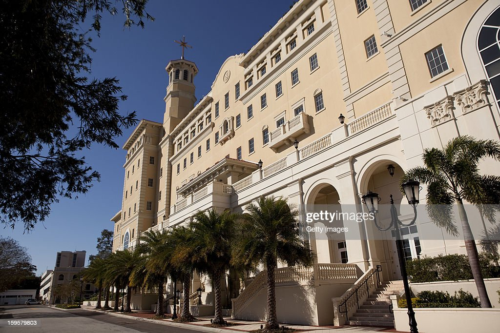 A headquarters for the Church of Scientology is seen January 16, 2013 in Clearwater, Florida. A book, 'Going Clear: Scientology, Hollywood & the Prison of Belief' that is sent to be released January 17, has renewed interest in the religion that counts actors Tom Cruise and John Travolta as followers.