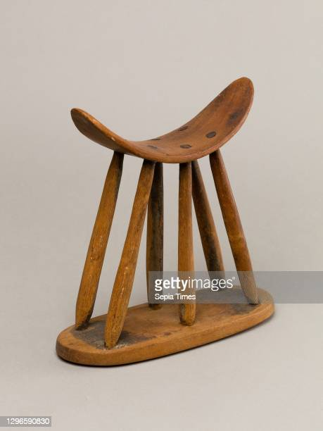 Headrest, Middle Kingdom, Late Dynasty 11 - Dynasty 12, ca. 2030-1802 B.C., From Egypt, Upper Egypt, Thebes, Asasif, Tomb, pit, 1929-30, Wood, H. 8...