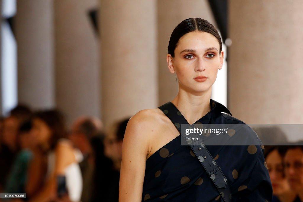 Max Mara - Details - Milan Fashion Week Spring/Summer 2019 : News Photo