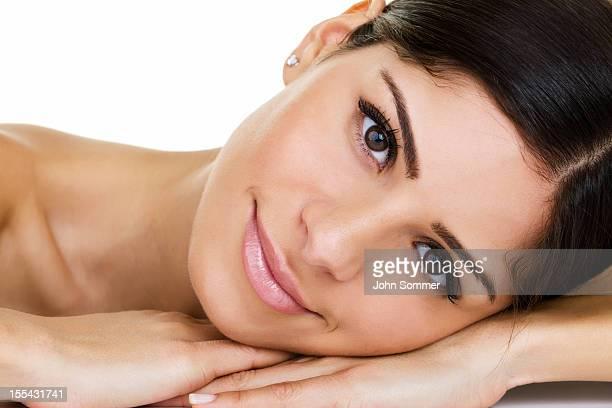 foto de una hermosa mujer - piel bonita mujer desnuda tumbada fotografías e imágenes de stock