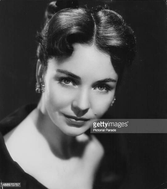 Headshot of actress Jennifer Jones circa 19401950
