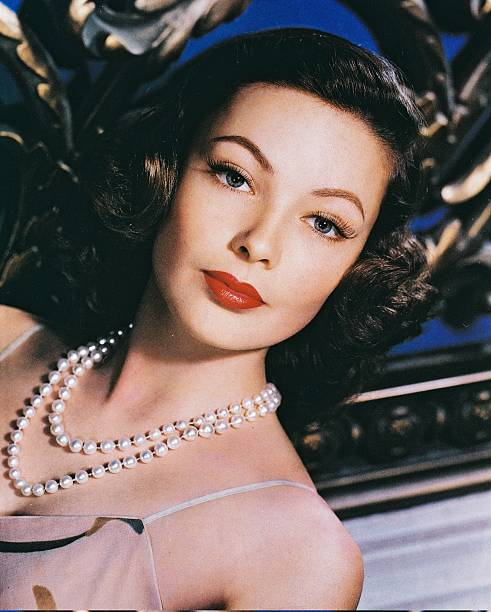 headshot-of-gene-tierney-us-actress-wear