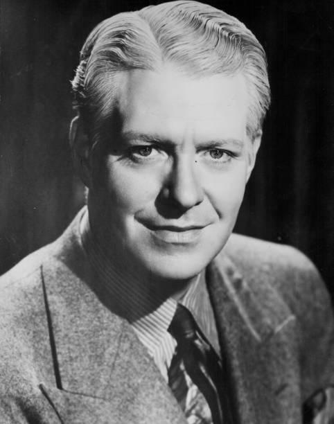 headshot-of-singer-nelson-eddy-circa-193
