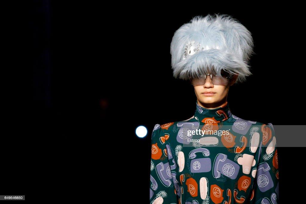Miu Miu: Details - Paris Fashion Week Womenswear Fall/Winter 2017/2018 : Foto di attualità