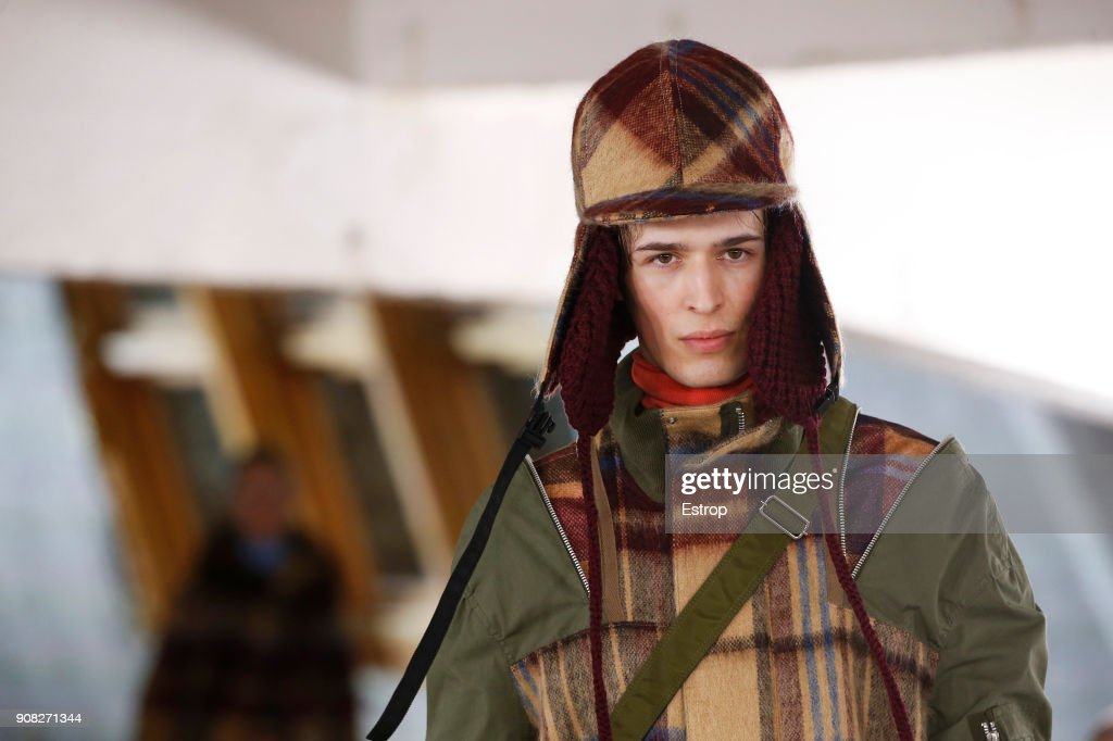Sacai : Details - Paris Fashion Week - Menswear F/W 2018-2019 : Fotografía de noticias