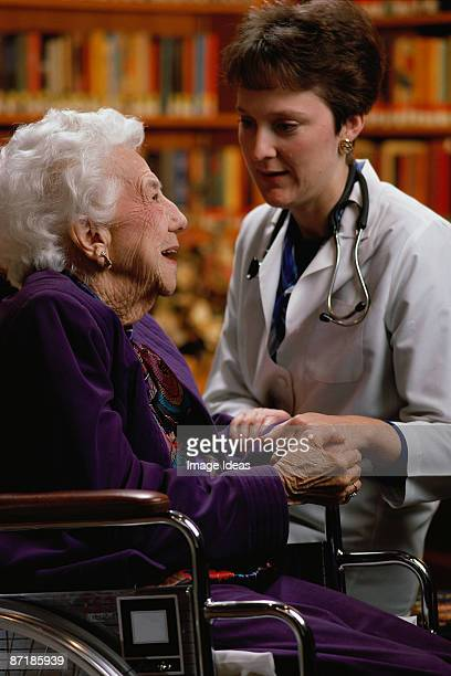 Health care worker w/aged patient