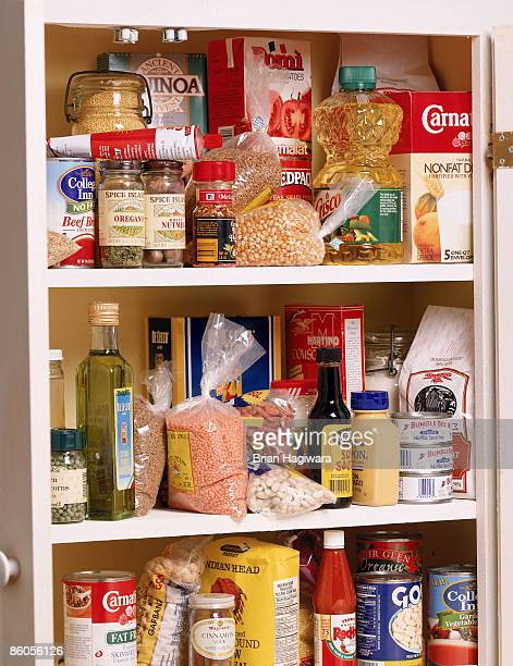 health food in a pantry - cuisine non professionnelle photos et images de collection