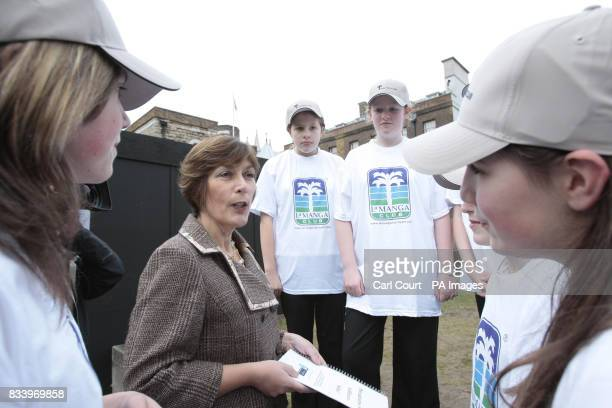 Health Minister Dawn Primarolo in Westminster London talking with children from Worle Community School in WestonSuperMare after receiving a report...