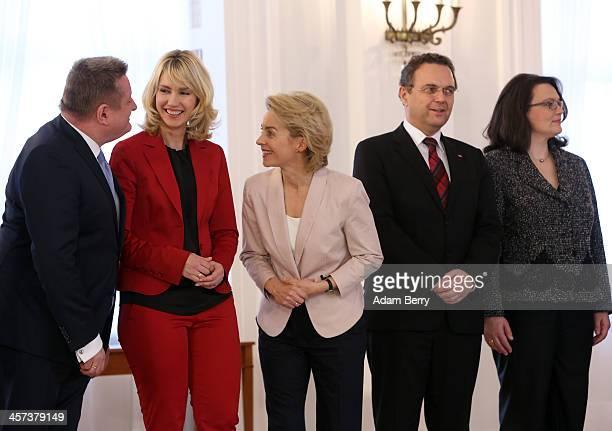 Health Minister Hermann Groehe , Family Minister Manuela Schwesig , Defense Minister Ursula von der Leyen , Agriculture and Consumer Protection...