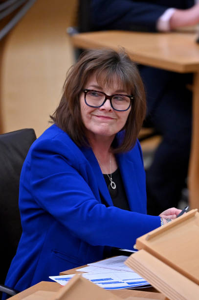 GBR: Cabinet Secretary Jeane Freeman Comments On Covid-19 Vaccine Delivery
