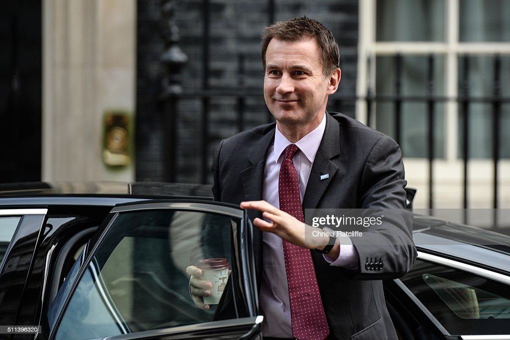Health Secretary Jeremy Hunt arrives at Downing Street on February 20, 2016 in London, England. Mr Cameron has returned to London after securing a deal following two days of talks with European leaders in Brussels regarding Britain's relationship with the EU. He said the deal will give the United Kingdom 'special status' within the EU. An in/out referendum on EU membership is expected as early as June this year.
