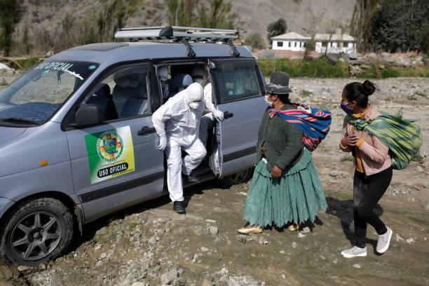 BOL: Door To Door Screening For Coronavirus Symptoms In Avircato, Mecapaca