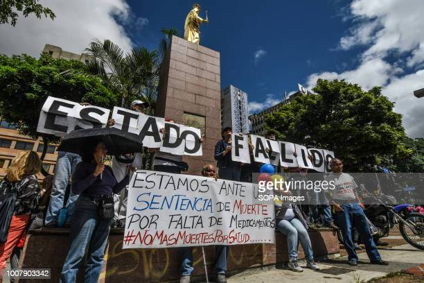 OFFICES CARACAS MIRANDA VENEZUELA Health workers seen protesting with a banner Nurses doctors and patients protest in front of the World Health...