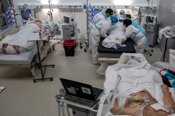 ESP: Madrid's Zendal Hospital Built To Face Covid-19