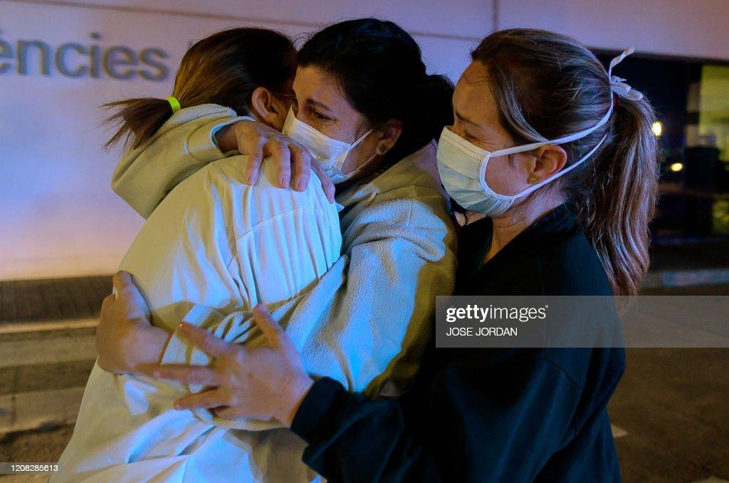 SPAIN-HEALTH-VIRUS : News Photo