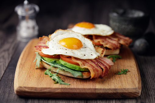Healthy bacon fried egg brunch 932798818