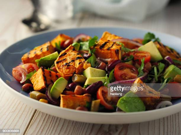 healthy beans salad with grilled sweet potatoes - black eyed peas food stock pictures, royalty-free photos & images