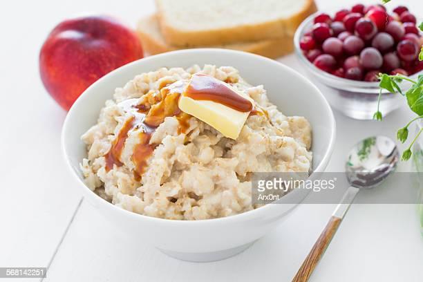 Healthy breakfast: oatmeal porridge