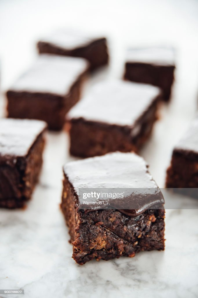 recipe: healthy brownies made with dates [4]
