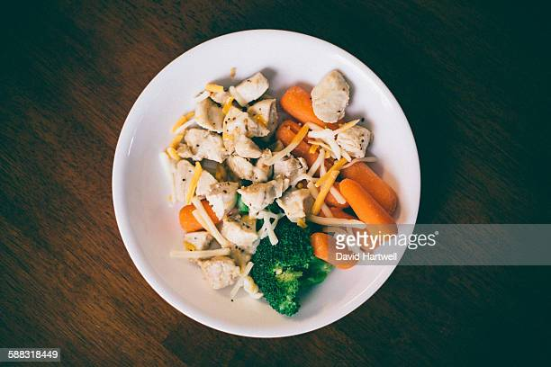 Healthy carrots broccoli and chicken