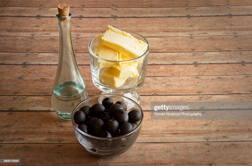 Healthy Fats for a Ketongenic diet - Butter, MCT Oil, Olives : Stock Photo