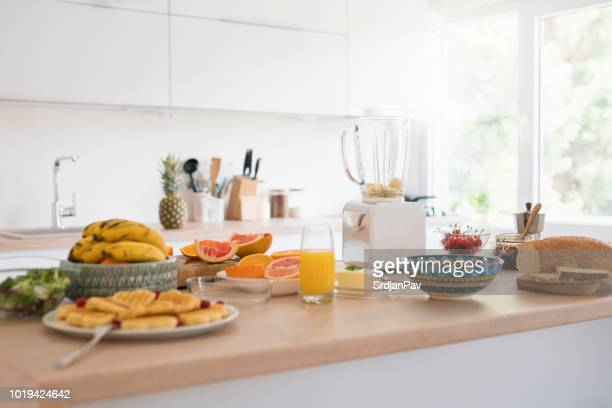healthy kitchen - breakfast stock pictures, royalty-free photos & images