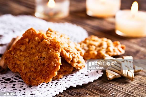healthy oat christmas cookies