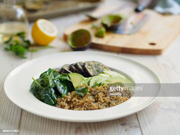 Hälsosam quinoasallad
