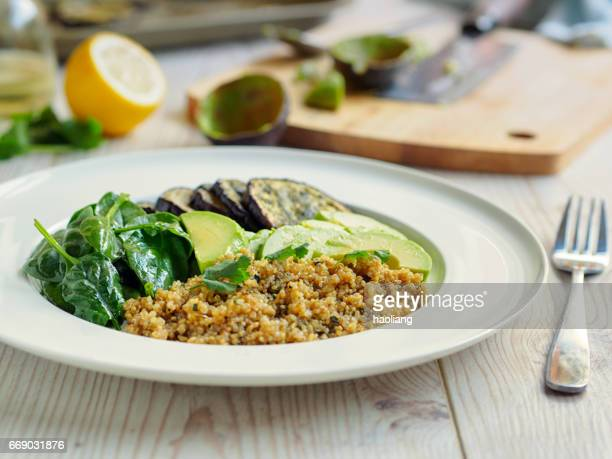 Gesunde quinoa-Salat