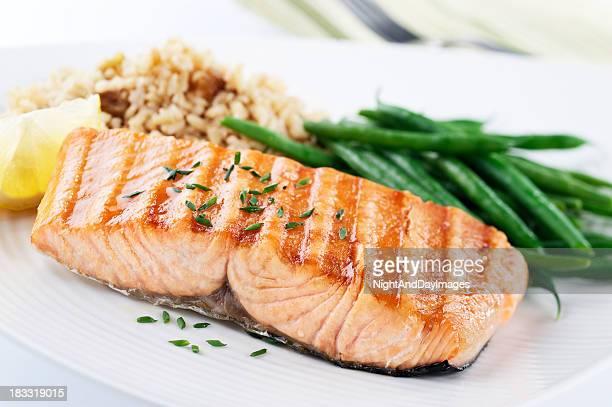 Gesundes Abendessen mit Lachs