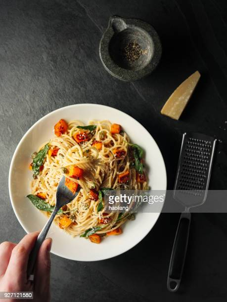 Healthy spaghetti with roasted butternut squash and sage butter