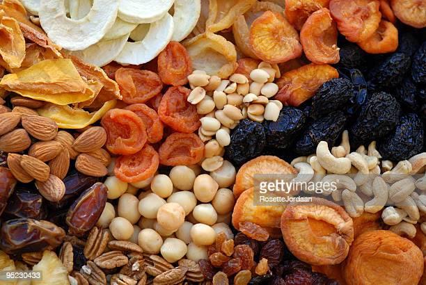 De fruits bio sain & noix confites