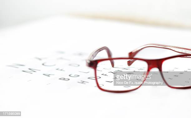 healthy vision - eye chart stock pictures, royalty-free photos & images