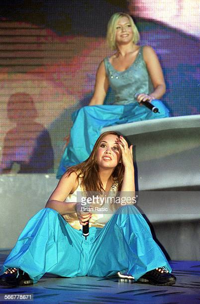 Hear'Say Performing In The Cardiff International Arena Wales Britain 25 Aug 2001 Suzanne Collins And Myleene Klass Of Hear'Say