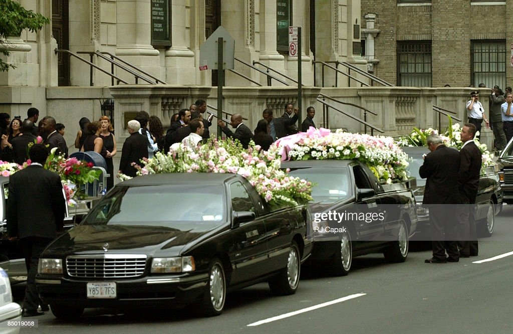 Funeral for Singer-Actress Aaliyah : News Photo