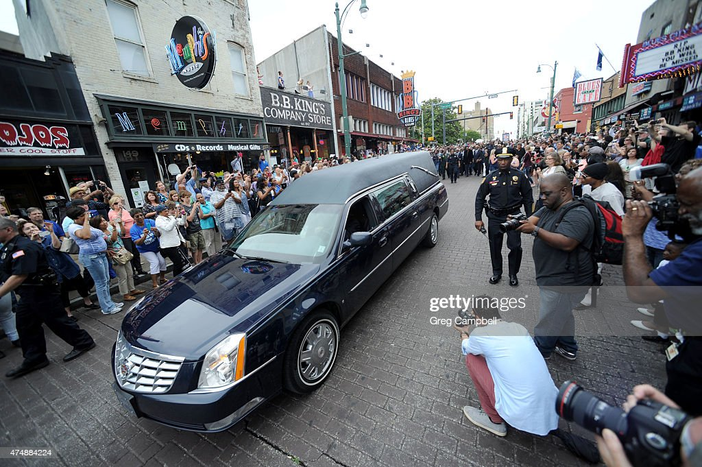 A hearst carrying the body of B. B. King makes one last trip down Beale Street during the funeral procession in honor of B.B. King on May 27, 2015 in Memphis, TN. King passed away on May 14, 2015 at the age of 89.