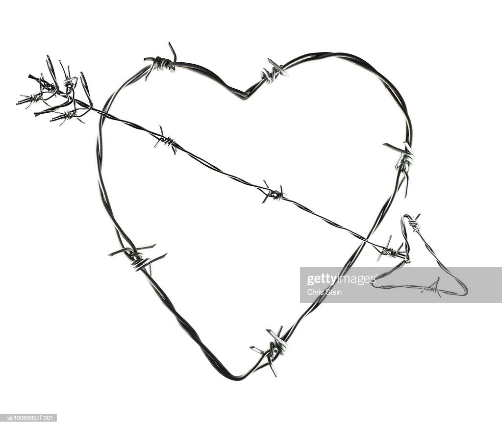 White Black Barbed Wire Heart Arrow - WIRE Center •