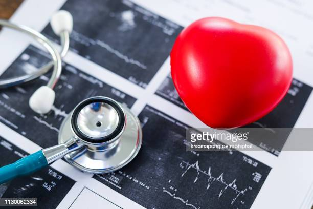 heart disease,stethoscope and heart,diagnose - heart disease stock pictures, royalty-free photos & images